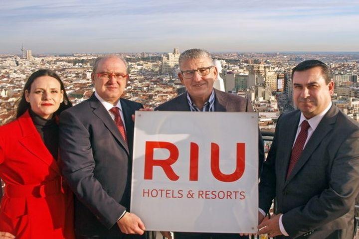 Riu Hotels renova imagem da marca e adianta futuros projetos para os próximos anos