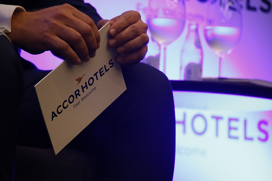 Abracorp- hotelaria internacional
