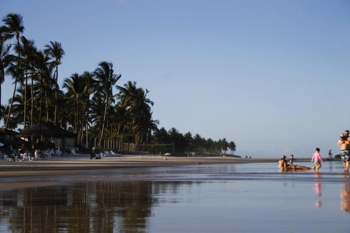 À revelia de instabilidades financeiras, Cana Brava Resort (BA) vive rotina de crescimento