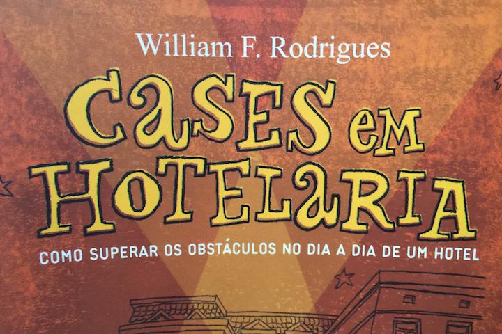 William F. Rodrigues, gerente geral do Miramar by Windsor, lança livro <i>Cases em Hotelaria</i>