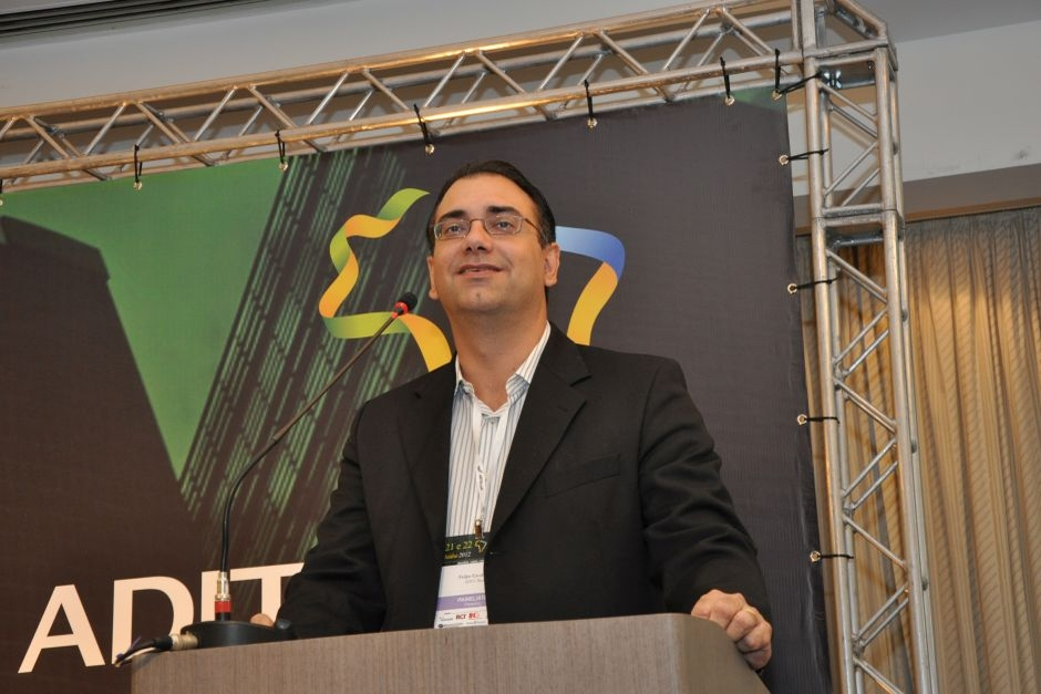 Felipe Cavalcanti