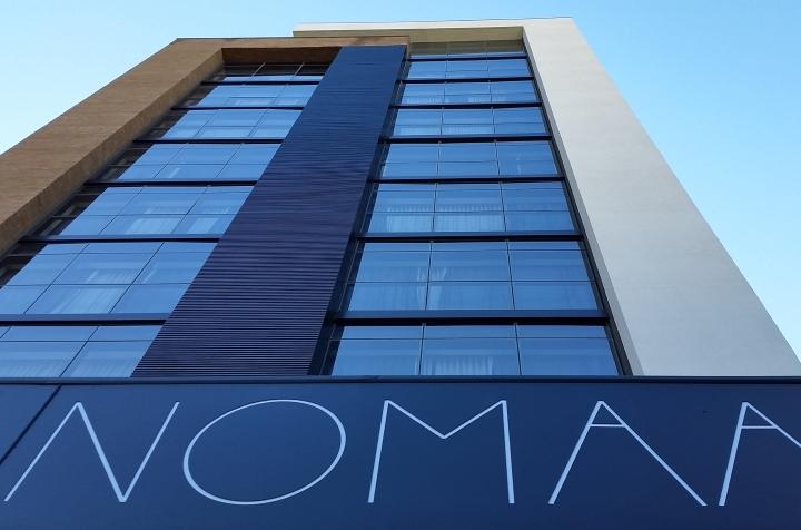 Nomaa Hotel (PR) inaugura nova categoria de quarto com sala de reunião