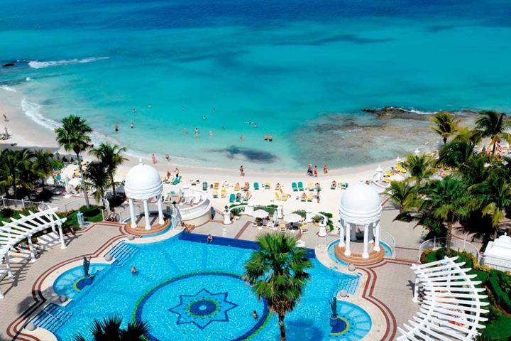 Hotelier news hospitalidade em movimento for Alberca las americas