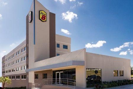 Marca Super 8, da Wyndham, dá início a projeto para ter unidade em Itajaí (SC)