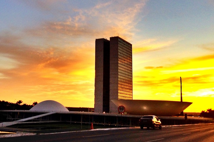 Brasilia - retomada - capa
