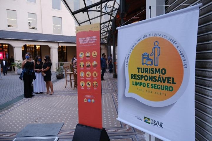 mtur - crescimento do turismo