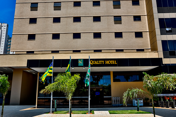 Quality Hotel Flamboyant - reabertura - capa