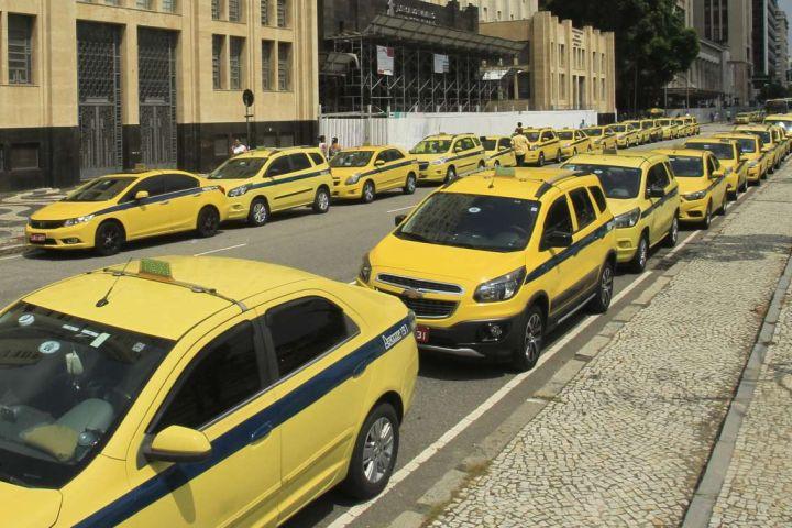 William Astolfi - opinião Uber x táxis_capa 1