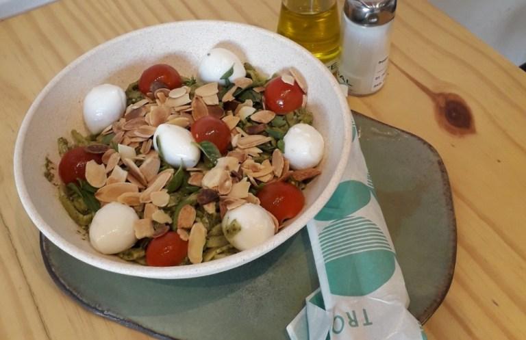 Tropics Health Bar - pupunha bowl